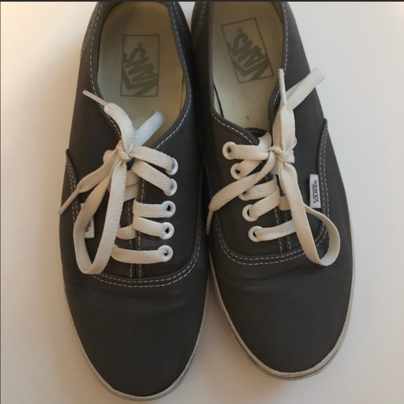 Vans Women s Authentic Lo Pro. M 5be6430ad6dc52d7abbf7c29 2ad829e1b